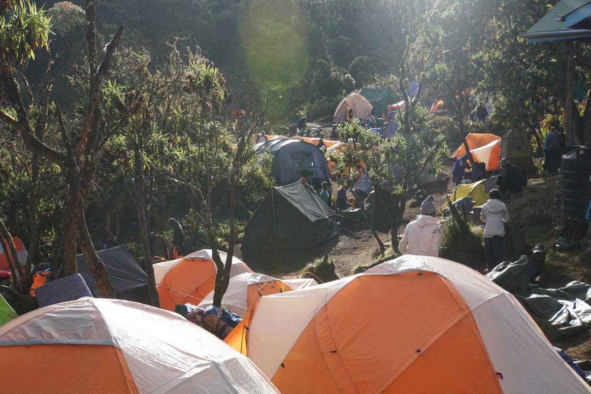Obóz Mechame (2 935 m n.p.m.).